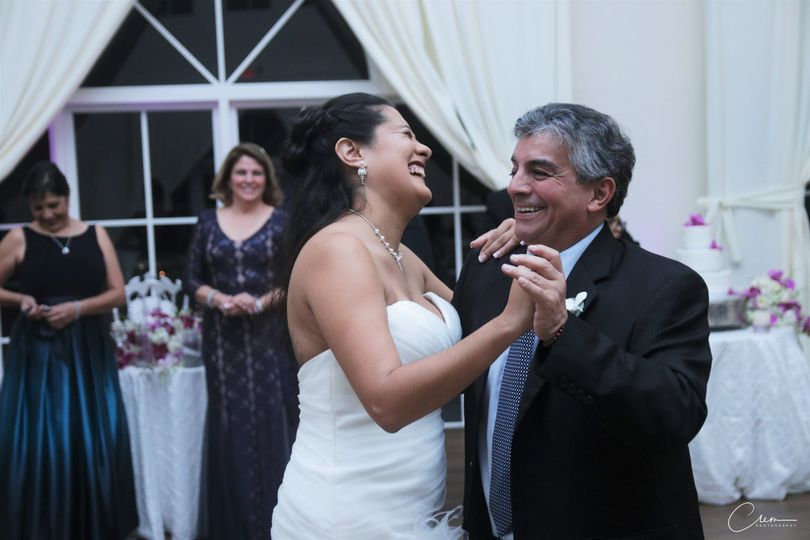 Beautiful candidshot of the bride and her father. -new-jersey-wedding - wedding photographer in new...