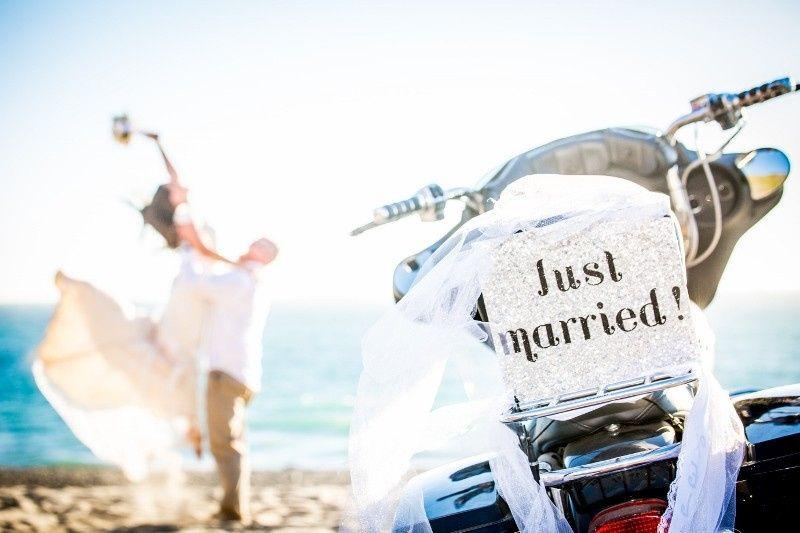 beach wedding elopemement