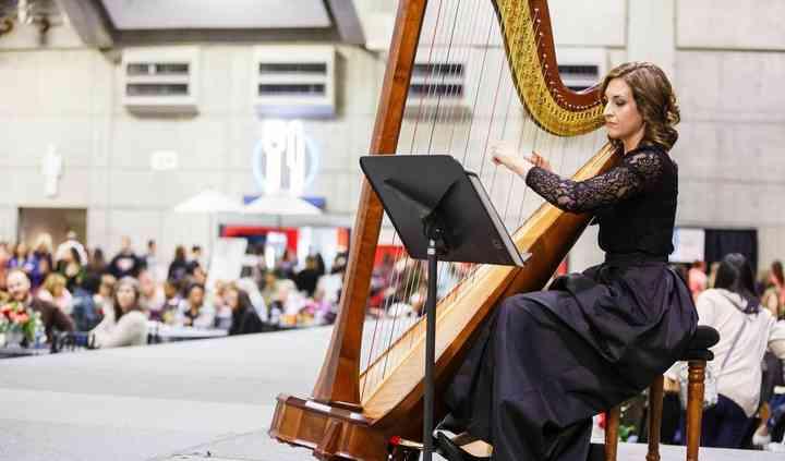 Lauren C. Sharkey, Harpist