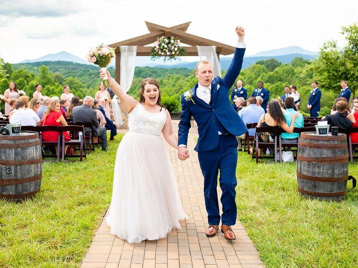 Tmx Katie And Nick Previews 1 51 992467 159735292569391 Lynchburg, Virginia wedding photography