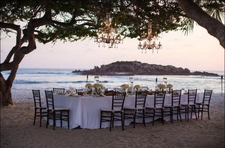 Beautiful beach reception