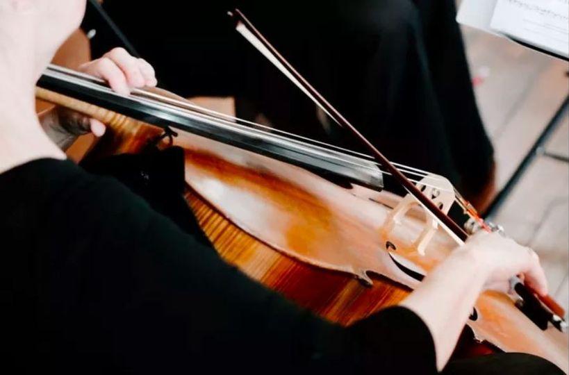 Evocative cello