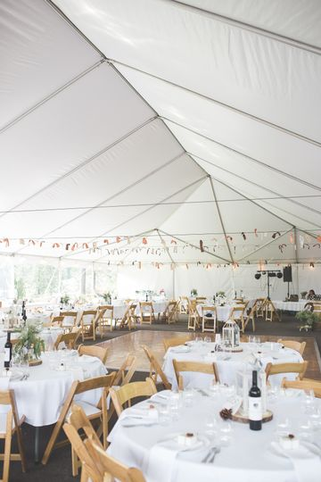 Tent table setting