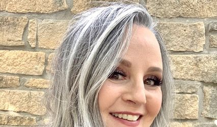 Cynthia Naughton, Hair and Makeup Artist, Manhattan, Kansas