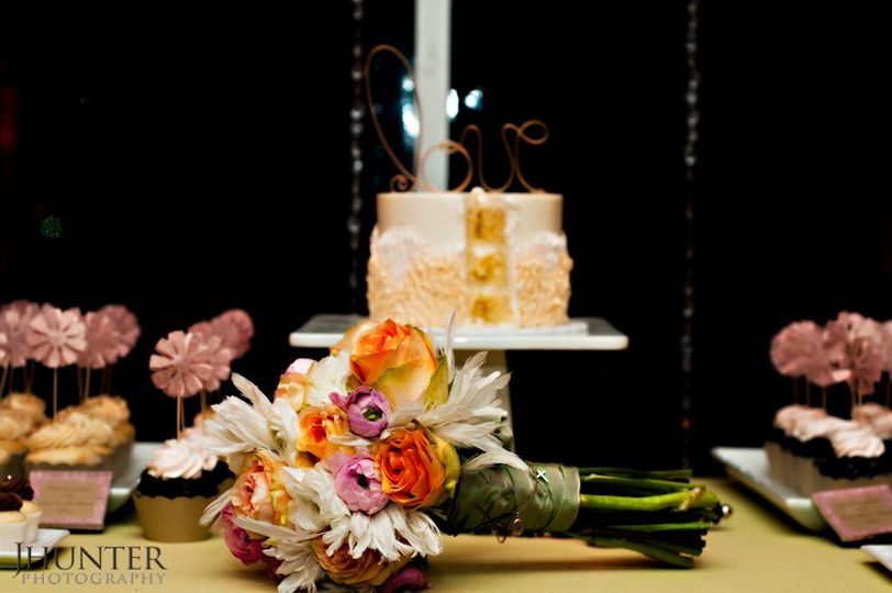 Cake and bouquet