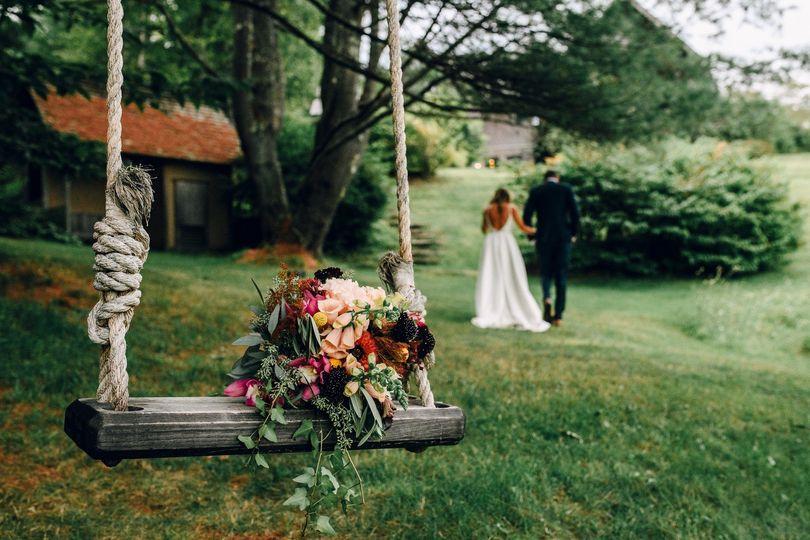 Bouquet Swing