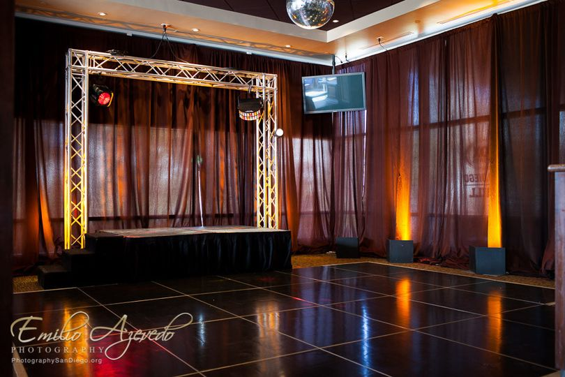 dancefloor harbor room 2