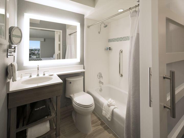 Tmx 1489000458971 2 Queens Bathroom   Hi Ventura, California wedding venue