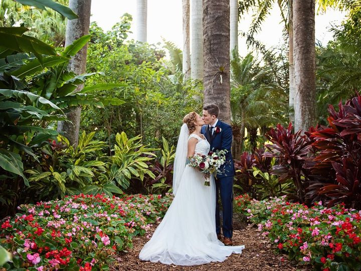 Tmx 60237935 2204336716310964 3501875531521982464 N 51 20667 1568036737 Saint Petersburg, Florida wedding venue