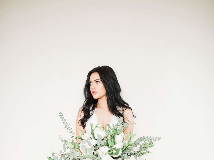 Tmx 1514946800 5fd3a2ef84ba4896 FB IMG 1510541911524 Dallas, TX wedding florist