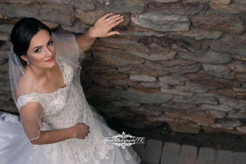 4a1432df2ec6a73a 1536859015 acd0b0f33242010d 1536858992870 3 Fun Wedding Allure