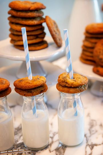Cookies and milk | Person + Killian Photography