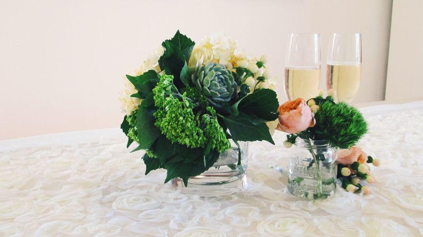 wedding party flowers 5 51 1033667 v2