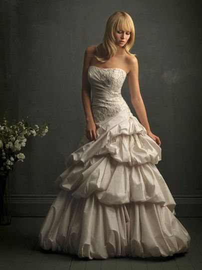 Gorgeous layered bubble wedding dress!