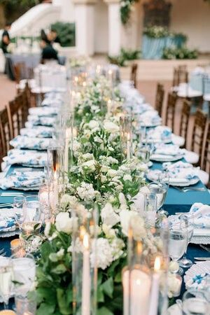Table centerpieces with lighting