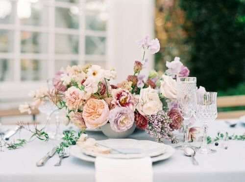 Soft and romantic centerpieces