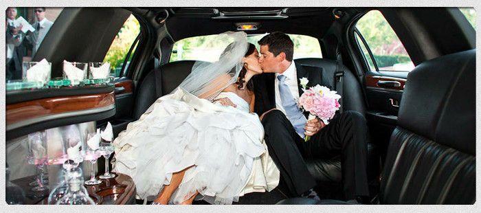 5c6ff1ec3396d44e 1396659217763 wedding limo