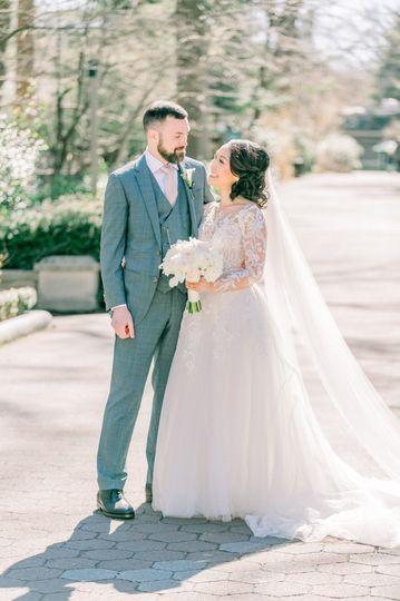 bride 17 51 1008667
