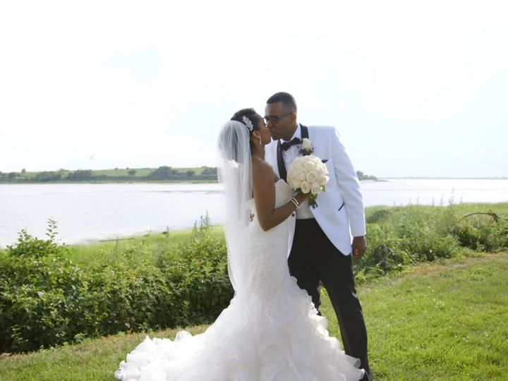 Tmx Kimberlyandyves01 51 968667 158257423163684 Astoria, NY wedding videography