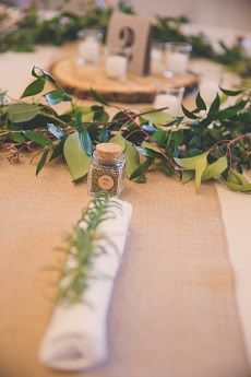Leafy table setting
