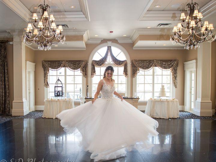 Tmx Twirling Bride Dance Floor 51 354767 1566334139 Central Valley wedding venue