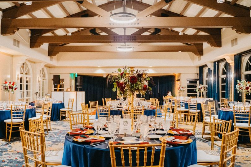 Gorgeous ballroom setup