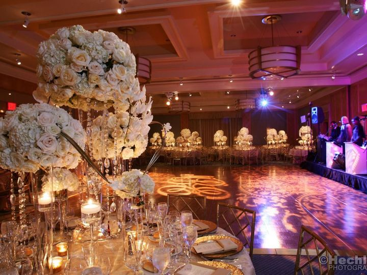 Tmx 1527775353 A2be6152aee7442c 1527775352 3685d74b81a275db 1527775351866 3 Wedding 3 New York, New York wedding venue