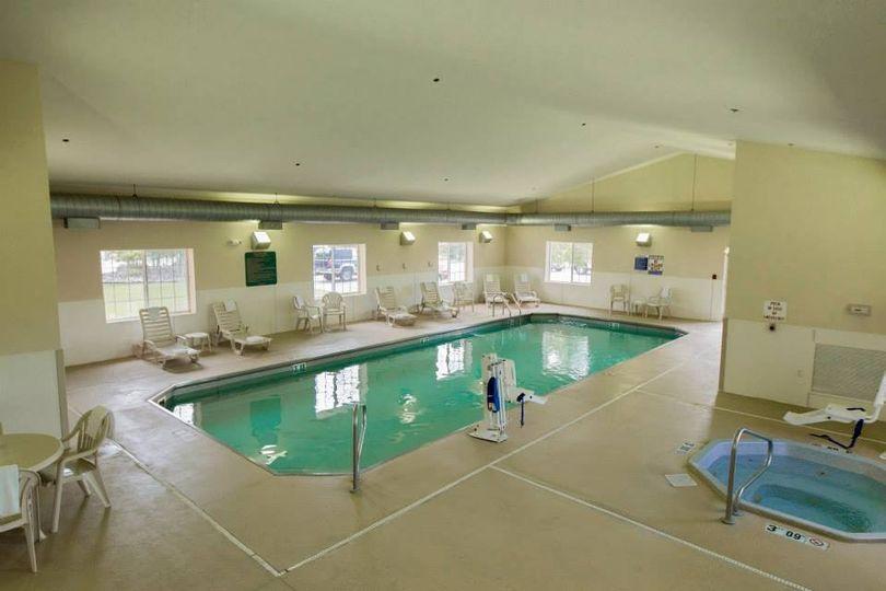 swimmingpoolandhottub