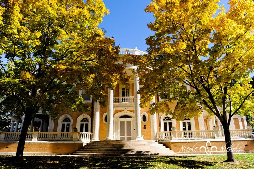 West facade of the mansion in gorgeous fall