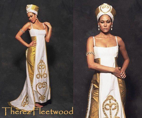 Therez Fleetwood Wedding Gowns: Dress & Attire