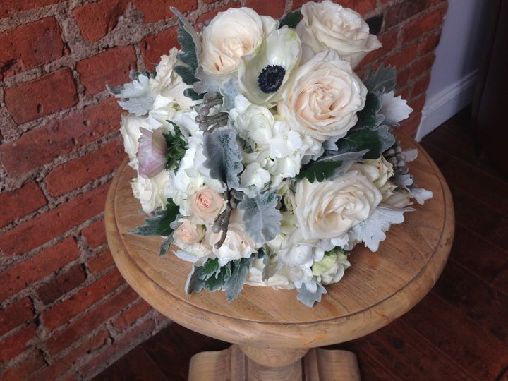 Flower arrangement sample
