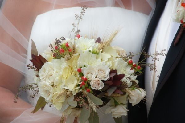 Tmx 1300324435638 DSC0112 East Aurora, New York wedding florist