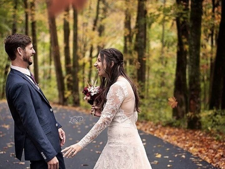 Tmx 40b016a9 3d48 4a1c B110 67554d0e1c76 51 1899767 157840259261404 Eastwood, KY wedding beauty