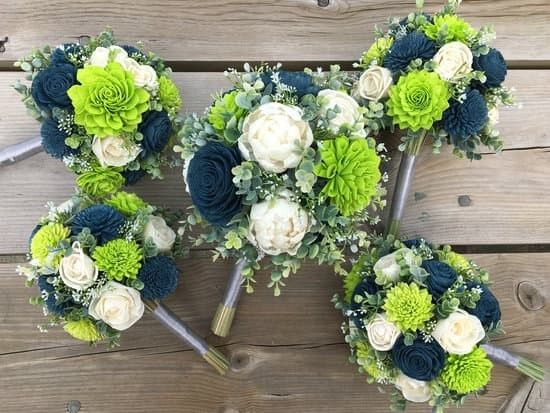 Lime, Navy and Ivory