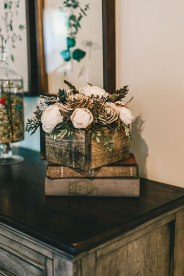 Wood flower centerpiece