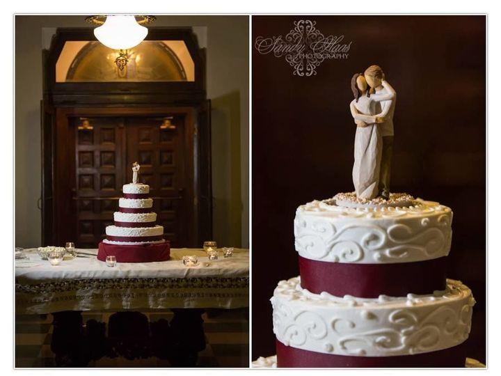Tmx 1518474792 7577adbab54ffd58 Wedding Cake 4 Tier Swirl W Cake Topper Toledo wedding cake