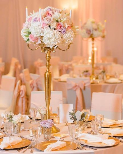 Gold tall bouquet holders