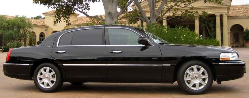 Naples Airport Shuttle is the premier private car and limousine company based in Naples, Florida. We...
