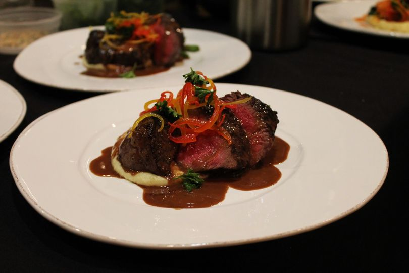 beef plated 21 51 581867 1559077337