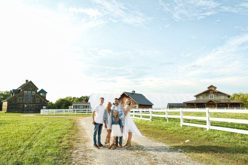 Family Farm/Overall look