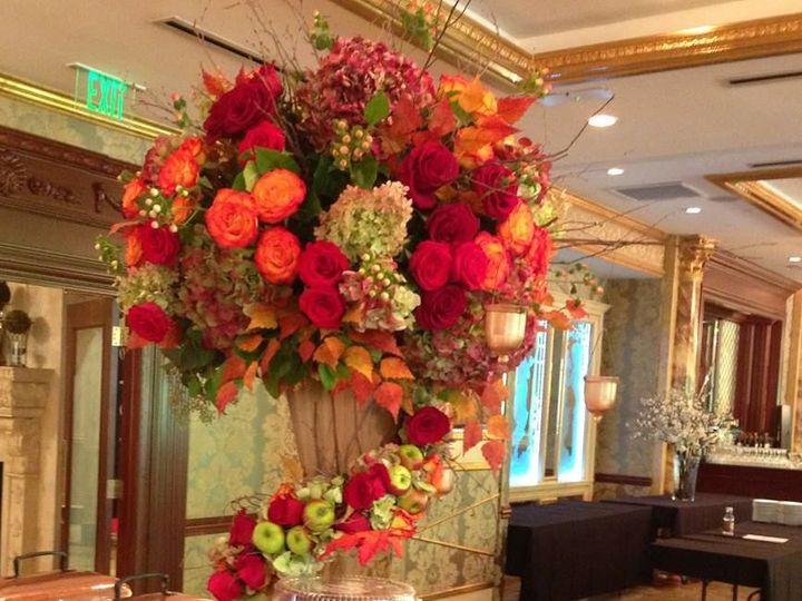 Tmx 1515681631 405670ba92f5a2e9 1515681629 16bd2e98ff7c9a05 1515681622351 13 Fall Big Franklin Lakes, NJ wedding florist