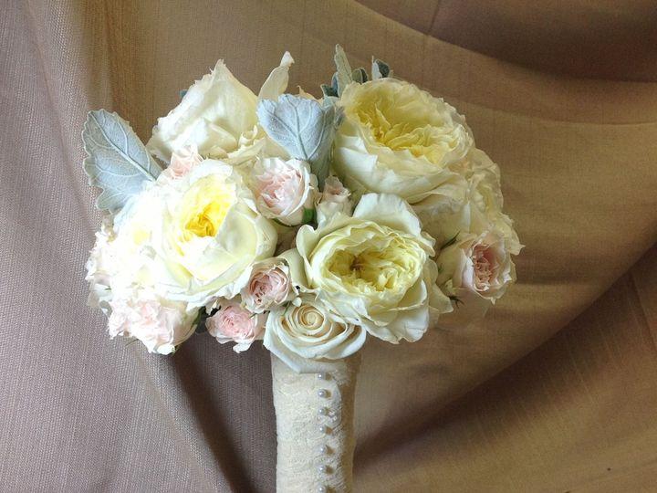 Tmx 1515681638 60b0a986070fc202 1515681636 558d16cf7185f408 1515681622377 24 Flower Pics 234 Franklin Lakes, NJ wedding florist
