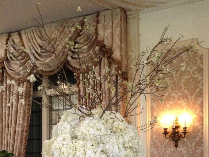 Tmx 1515681660 18bce9d7bcfdc862 1515681630 Bbda2a56081dbe67 1515681622361 16 Flower Pics 025 Franklin Lakes, NJ wedding florist