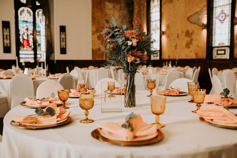 Table setting | Photo: AbbeyElainePhotography