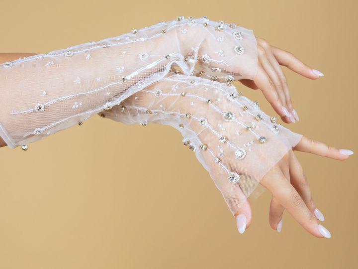 Tmx Gloves 51 2029867 162240374195601 Los Angeles, CA wedding dress