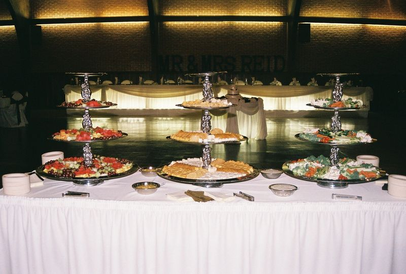 LaShon's Catering table buffet