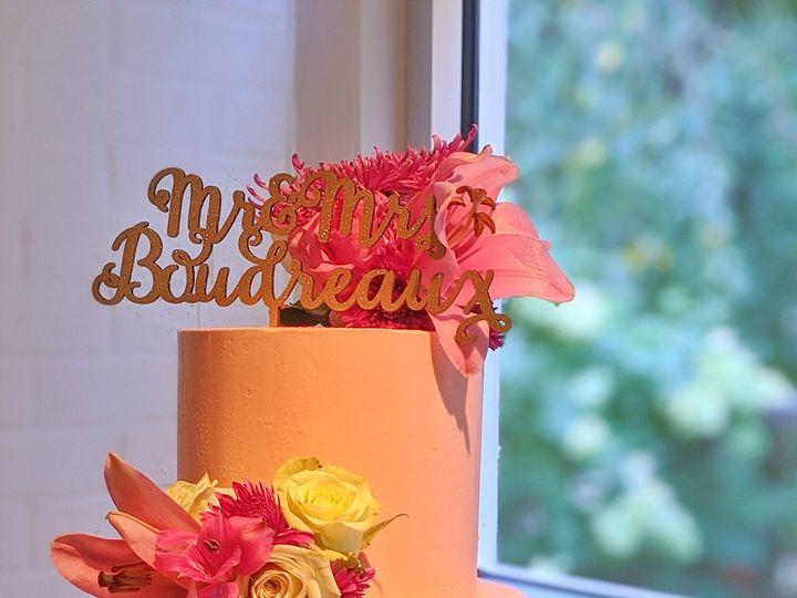 Tmx 00100lrportrait 00100 Burst20200912183208010 Cover 01 51 1930967 160157730380444 Atlanta, GA wedding cake