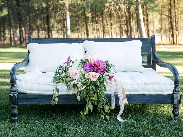Tmx Clstyled Flowerfarm 86 51 1031967 Corvallis, MT wedding florist