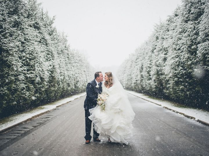 Tmx 1518818658 62cbc611c3528d07 1518818656 7ed87f2cf23acd73 1518818646912 68 KM12917 CM0055 BW Massapequa, NY wedding photography