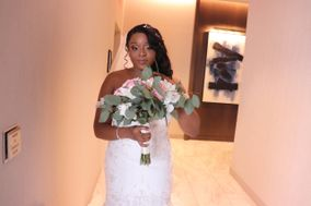 Hanamakeovers LLC [Bridal Makeup Artistry]